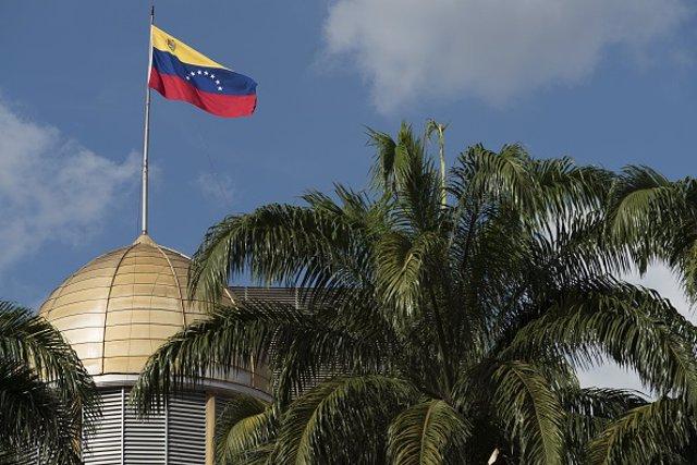 Bandera Venezuela Palacio Legislativo Federal