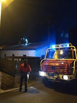 Sucesos.- Desalojada una vivienda en Arbeiza por un incendio en una chimenea, si