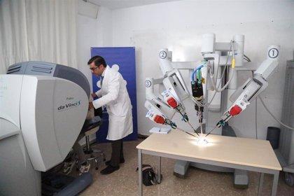 El robot Da Vinci permite extirpar cánceres de orofaringe sin abrir la mandíbula