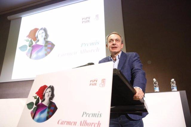 """Zapatero critica la idea de una intervención militar en Venezuela: """"Solo provoca"""