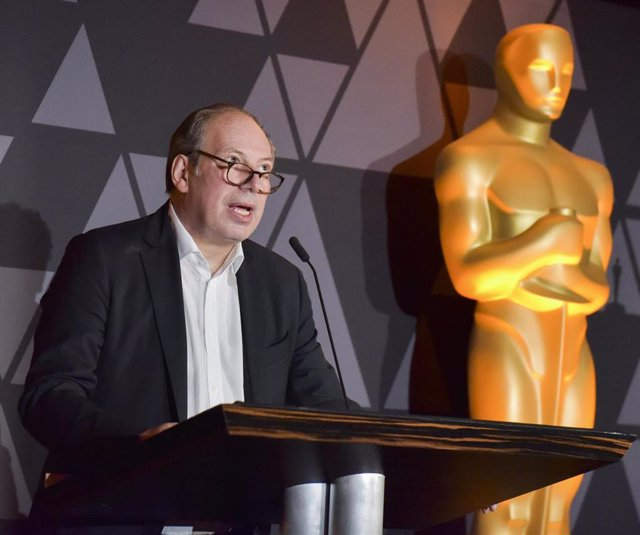 Hans Zimmer pondrá música al remake de Dune que confirma su reparto y sinopsis o