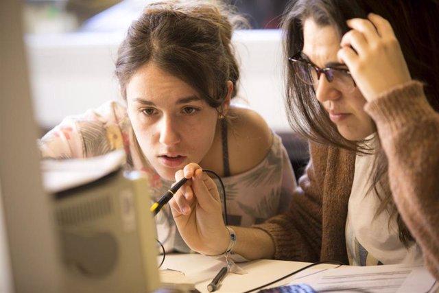 Clase práctica del grado en Ingeniería en Tecnologías de Telecomunicación