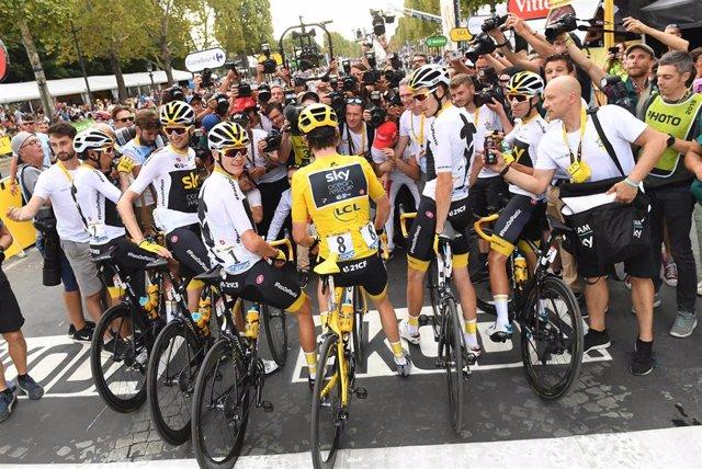 Sky celebra el triunfo de Geraint Thomas en el Tour