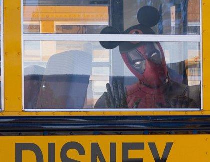 """Deadpool """"celebra"""" la llegada de los X-Men al Universo Cinematográfico Marvel"""