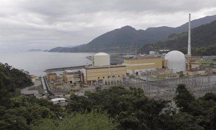 Un grupo de hombres armados ataca un convoy que transportaba uranio para una central nuclear en Brasil