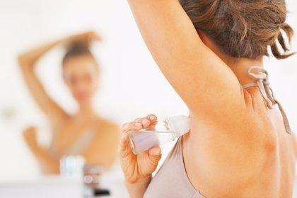 Higiene durante la lactancia materna, ¿qué sucede con el desodorante?