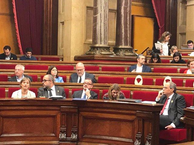 Buch ironitza solidaritzant-se amb el PP per tenir una candidata com Álvarez de