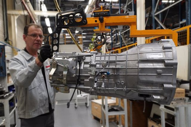 Economía/Motor.- Nissan fabricará en Barcelona una nueva caja de cambios desde a