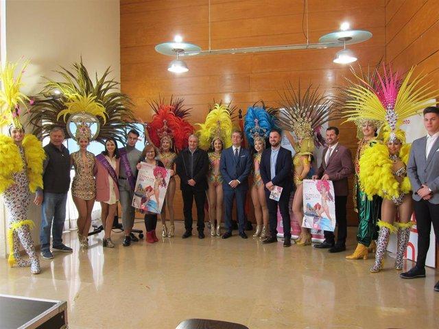 El 'último Carnaval de España' contará este año con más de 40 comparsas