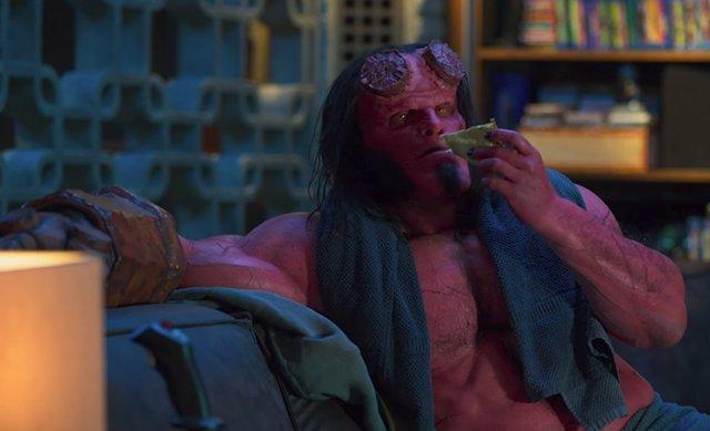 Nuevo y socarrón adelanto de Hellboy que presenta al Club Osiris