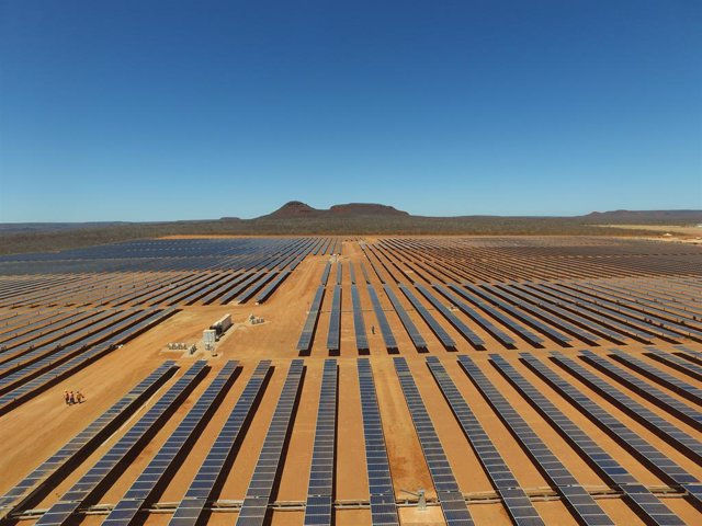 Economía/Empresas.- La filial de Naturgy en Brasil lidera el ranking solar de 20