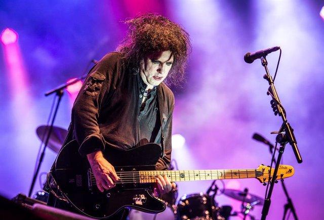 The Cure terminan de grabar su primer disco en once años, según Robert Smith