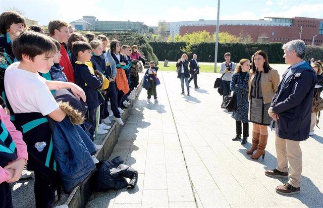 Casi cien alumnos participan en el Biomaratón escolar que abre el Congreso de Na