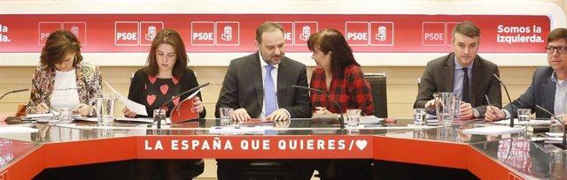 28A.- PSOE Pide Reducir La Exposición De Los Cargos Menos Políticos Del Gobierno
