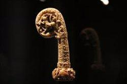 El Museu Episcopal de Vic estrena una exposició única amb peces de luxe d'art romànic fetes amb ivori (ACN)