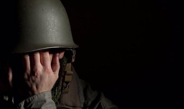 Soldado, trauma, traumático