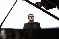 Javier Perianes estrenarà l'última obra de Joan Guinjoan al Palau de la Música el dimarts (TEATRO DE LA MAESTRANZA)