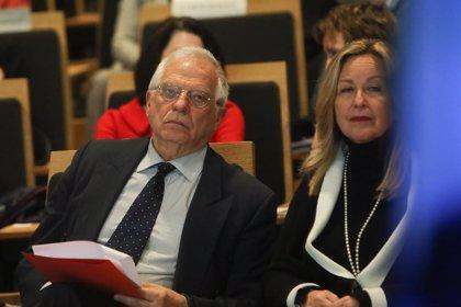 """Borrell exige respeto a """"los derechos y la integridad personal"""" del jefe de despacho de Guaidó"""