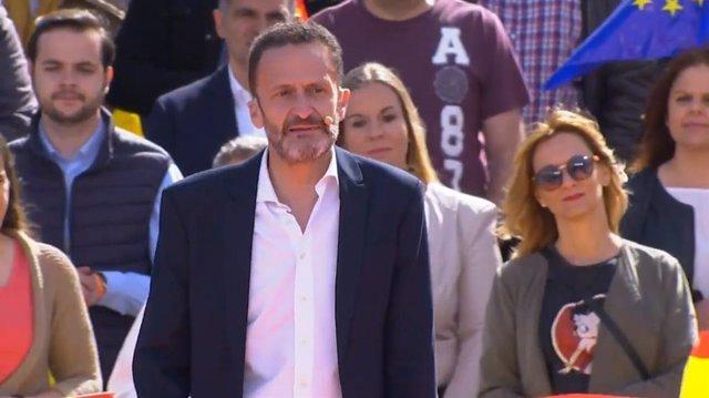 28A.- Ciutadans fitxa Edmundo Bal, advocat de l'Estat destitut per defensar que