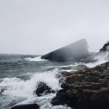 Noruega inaugura el primer restaurante subacuático de Europa y el más grande del mundo
