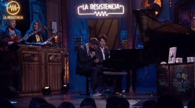 Lang Lang y David Broncano tocan juntos Bohemian Rhapsody de Queen en La Resiste