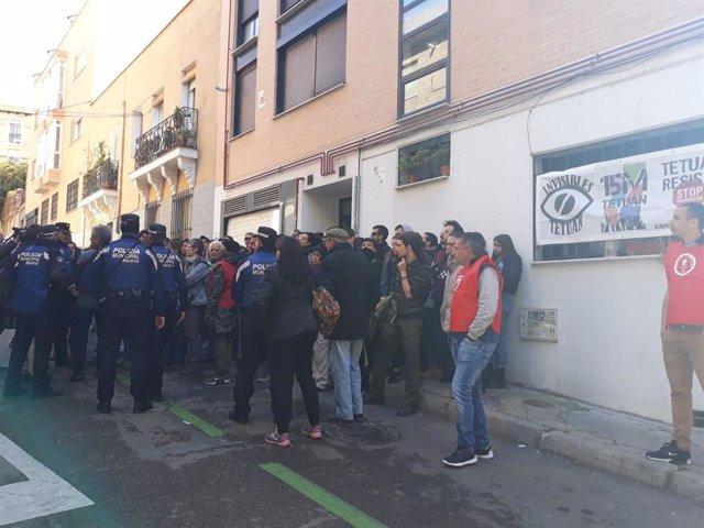 Suspendido el desahucio en Tetúan a un hombre de 63 años que consiguió paralizar