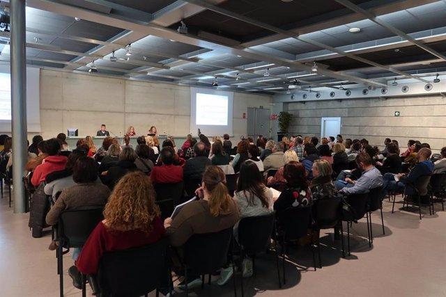 Cerca de 550 docentes y personal de administración asisten a las Jornadas Inform