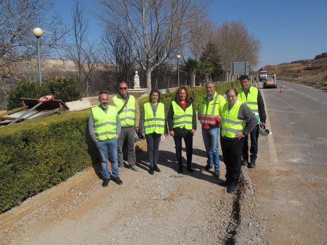 Comienzan las obras de reparación de aceras de la travesía de Villaspesa en Teru