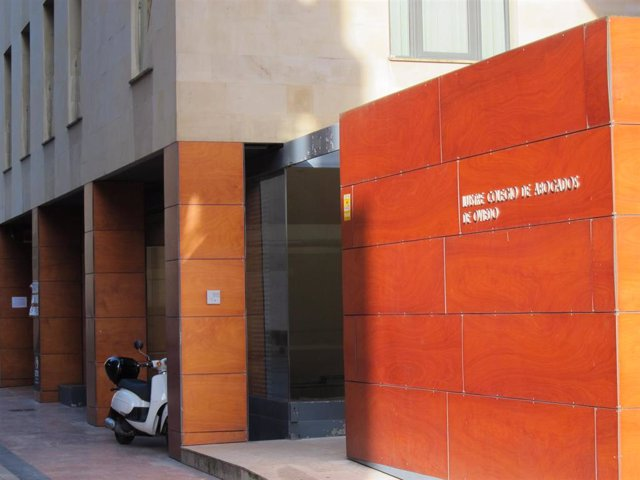 Fachada Colegio de Abogados de Oviedo
