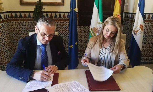 Sevilla.- El Ayuntamiento de Alcalá refuerza la colaboración con el Consejo Gene