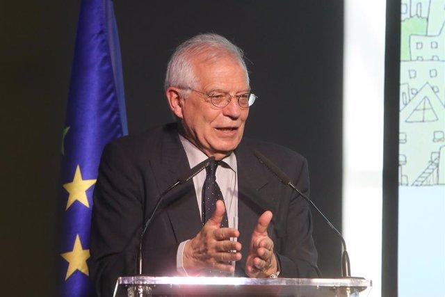 """Josep Borrell clausura la conferencia """"Migración y ciudades: el camino hacia una"""