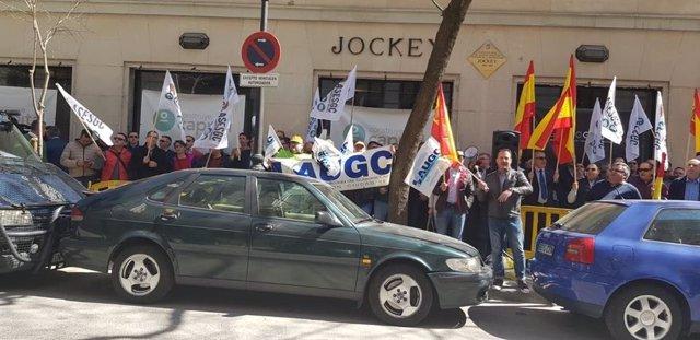 """Els gurdies civils porten a Interior la seva protesta per la """"falta de transpar"""