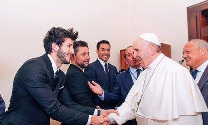 Sebastián Yatra se reúne con el Papa Francisco