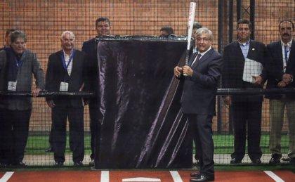 López Obrador apuesta por el béisbol y lo convierte en un asunto de Estado