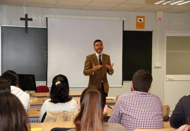 """La OTAN elige la UCAM para la creación de un centro de excelencia sobre """"legal r"""