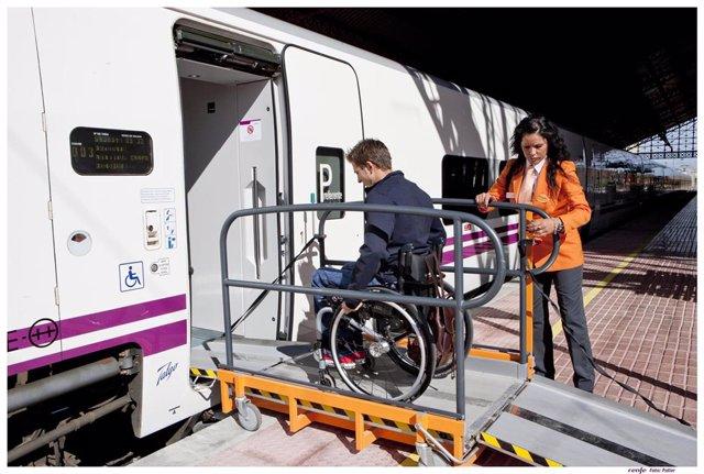 El servicio de Renfe a personas discapacitadas realiza más de 41.200 asistencias