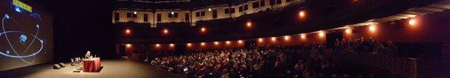 El congreso 'Más allá' congrega a cerca de 400 amantes de los enigmas y misterio