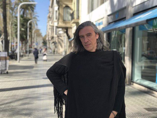 Gerard Quintana debuta com a escriptor amb la novella 'Entre el cel i la terra'