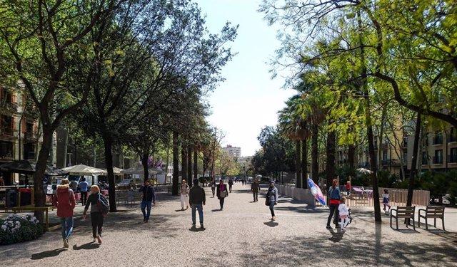 Empiezan las obras de reforma de la Rambla del Raval de Barcelona y dos plazas d