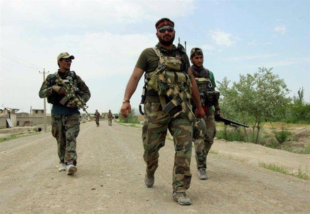 Afganistán.- Mueren cinco miembros de las fuerzas afganas en un bombardeo supues