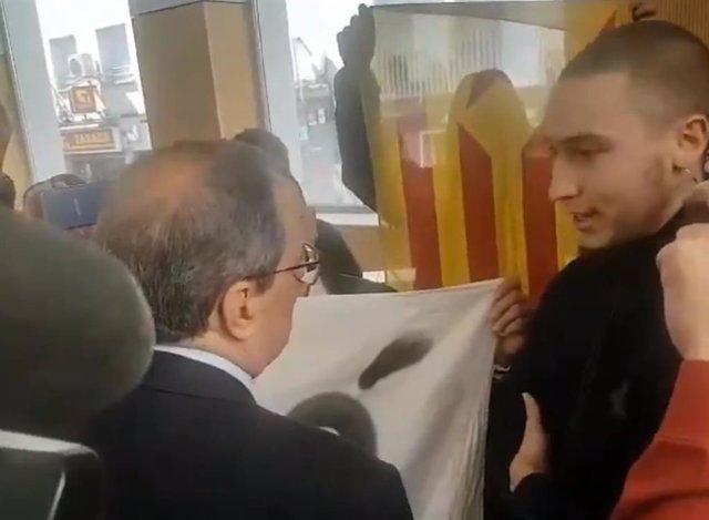 """El CDR de Sabadell (Barcelona) critica Torra en un acte perqu """"acata la justi"""