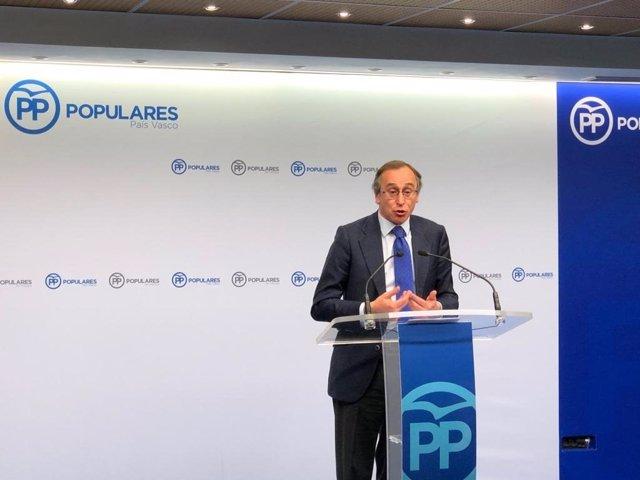 """PP acusa a Darpón de """"retar"""" al Parlamento con su actitud """"arrogante"""" e insiste"""