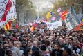 UNAS 3.500 PERSONAS SE MANIFIESTAN EN BARCELONA CONTRA VOX Y LA DISCRIMINACION RACIAL