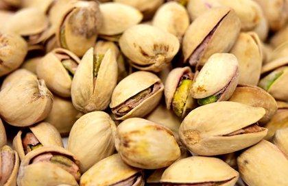 Diez gramos de frutos secos al día para mejorar la salud cognitiva