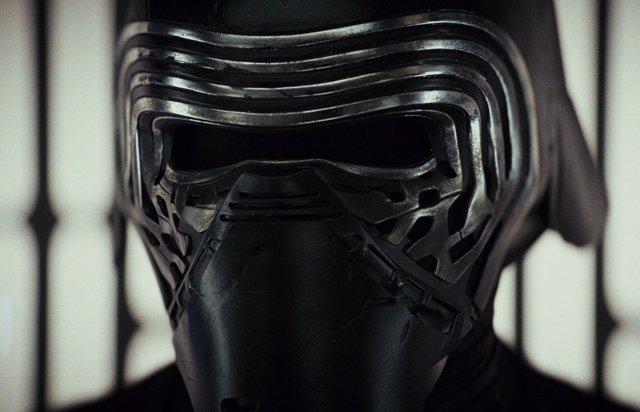PARA DOMINGO Star Wars 9: Más detalles de la transformación de Kylo Ren