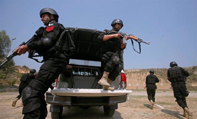 Policía paquistaní