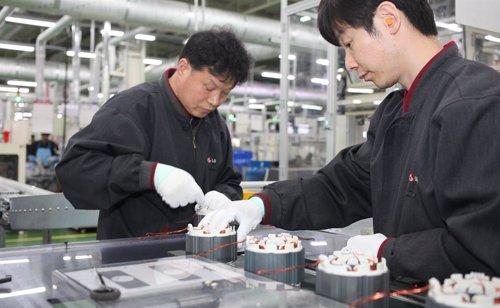 En el corazón de LG en Corea: la automatización impera en las fábricas donde se