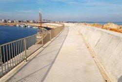 Ports acaba les obres de reforç del dic de recer de l'Escala (ACN)