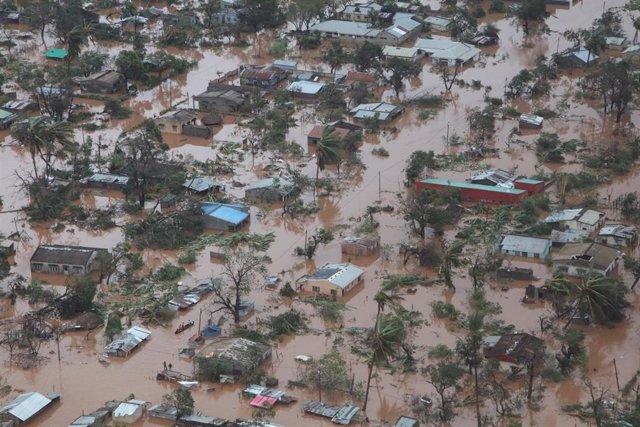 España envía 12 toneladas de ayuda para los afectados por el ciclón 'Idai' en Mo