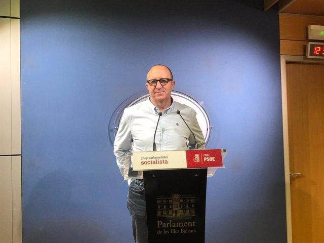 """AMP.- Andreu Alcover assegura """"que el PP és desmarqui de la reivindicació del8"""